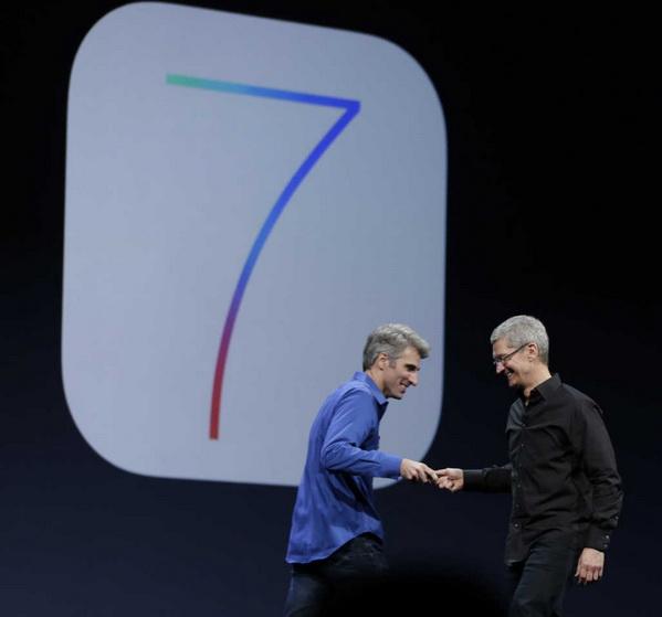 مقایسهی سیستمعامل iOS 7 با اندروید