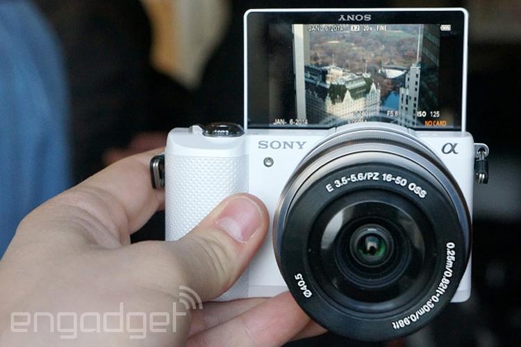 دوربین Alpha 5000 معرفی شد