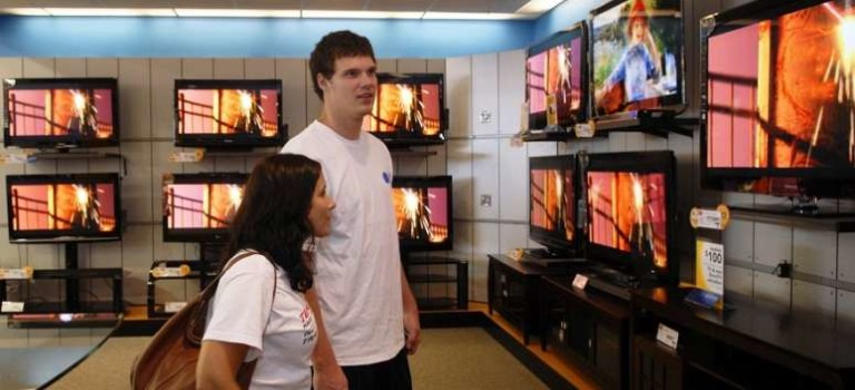 نکاتی مهم که باید در هنگام خرید یک تلویزیون مد نظر قرار دهید!