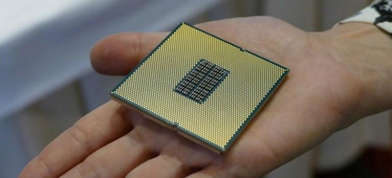 کوالکام پردازنده ۲۴ هستهای سوکت دار خود برای استفاده در سرورها معرفی کرد