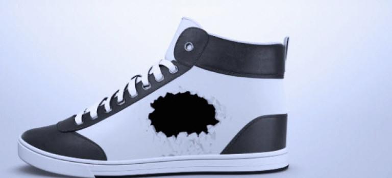 رنگ و طرح این کفش ورزشی را میتوانید با استفاده از فناوری کاغذ الکترونیک، پیوسته تغییر دهید