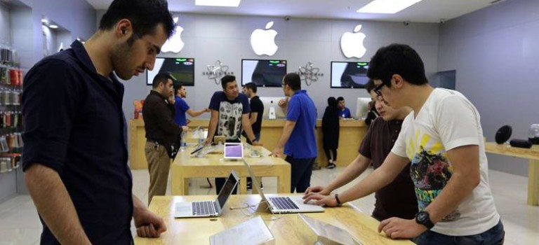 وال استریت ژورنال: اپل و اچ پی برای حضور در ایران آماده میشوند