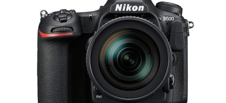 دوربین D500 نیکون با قابلیت اتصال به گوشی هوشمند به نمایش در آمد