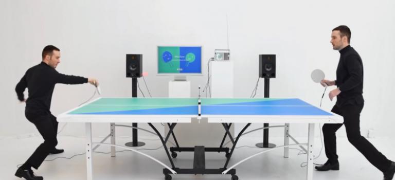 میز پینگپنگ و پخش موسیقی با ریتم بازی