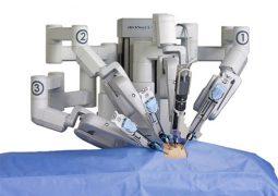 بی اعتقادی انجمن پزشکان ایران به استفاده از روبات